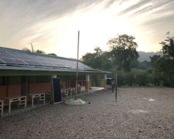 A nonprofit szervezet segítséget kér a Haiti ambiciózus napelem -telepítési programjához